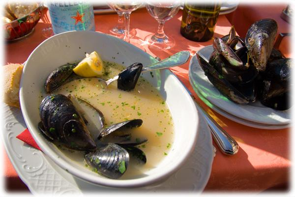 Mussels in White Wine (Used with permission.)