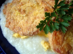 Grits and fried tomatoes