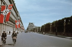 Rue de Rivoli under German occupation