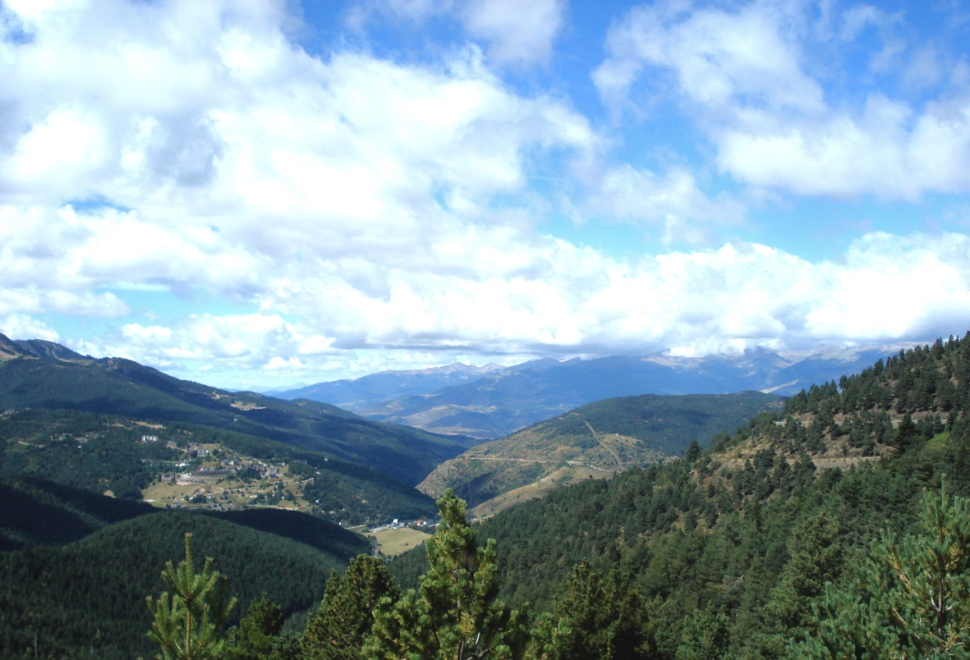 Pyrenees 1 rs