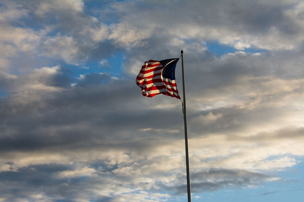 Flag Grandad's Bluff rs