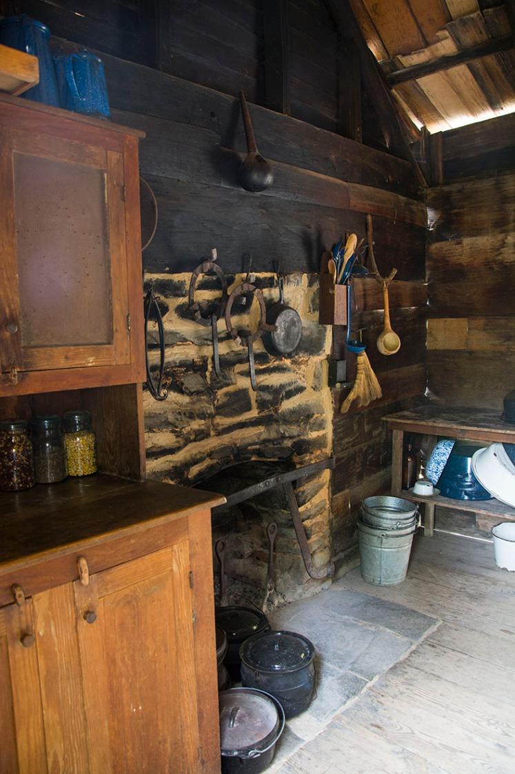 Log cabin hearth rs