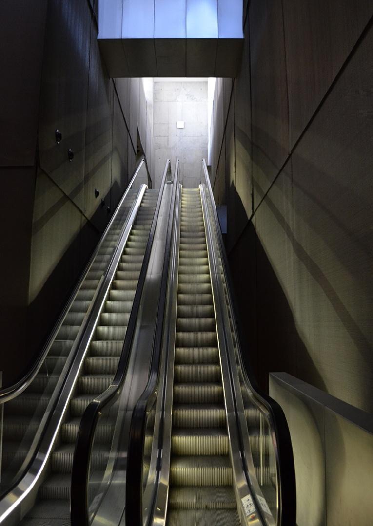 Bibliothèque nationale de France, Paris, escalators (Credit: C. Bertelsen)